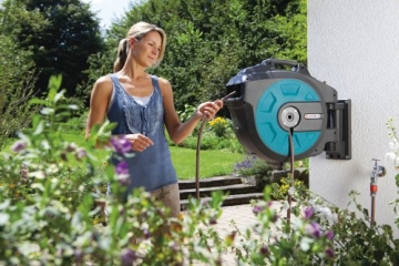 automatisches Aufrollen des Gartenschlauchs